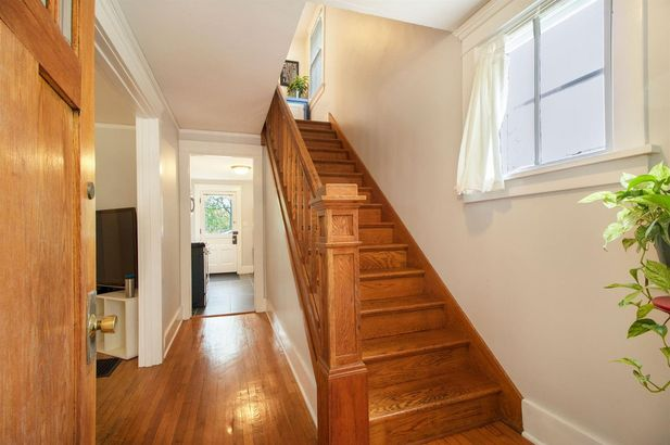 121 Kenwood Avenue - Photo 3