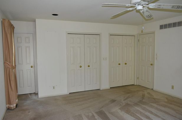 5798 Fox Hollow Court - Photo 23
