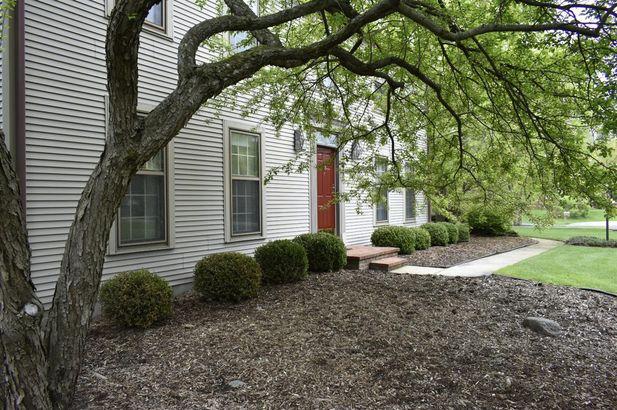 5798 Fox Hollow Court - Photo 35