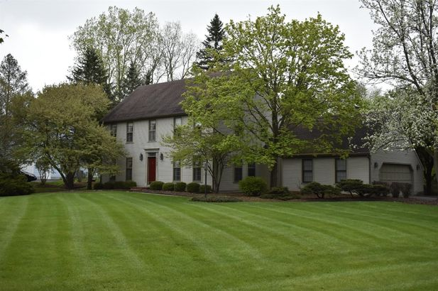 5798 Fox Hollow Court - Photo 39
