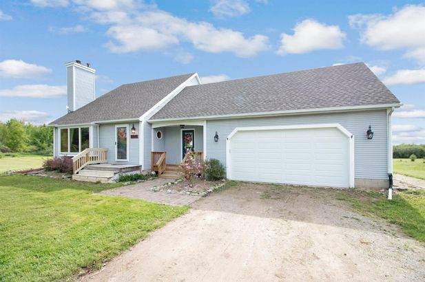 11015 Connell Drive - Photo 2