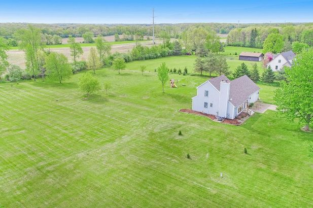 11015 Connell Drive - Photo 4