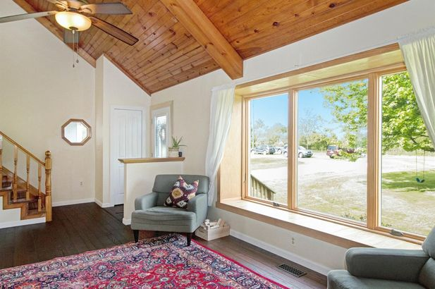 11015 Connell Drive - Photo 9