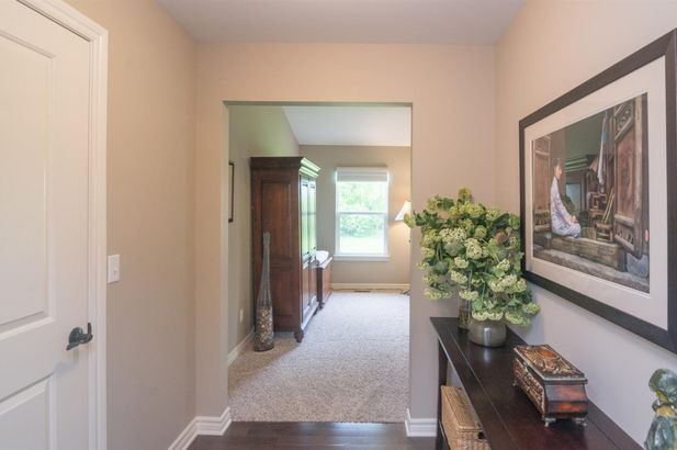 7804 Whirlaway Drive - Photo 34