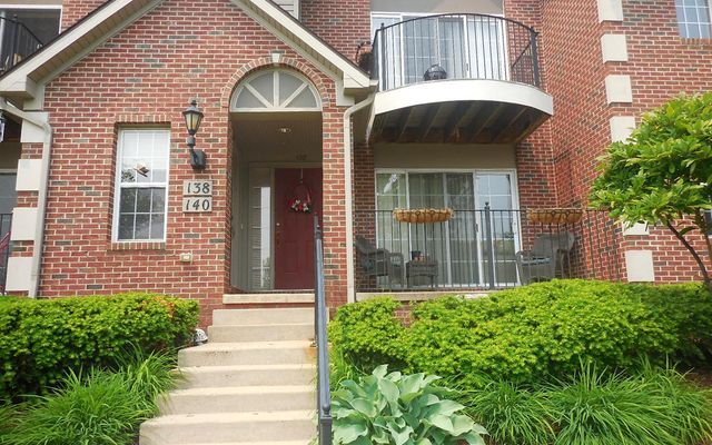 138 W Oakbrook Drive Ann Arbor, MI 48103