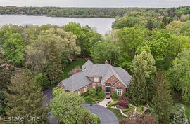 5771 LAKE RIDGE Drive Brighton, MI 48116 Photo 12