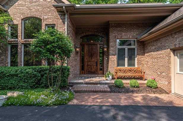 4526 Cross Creek Drive - Photo 4