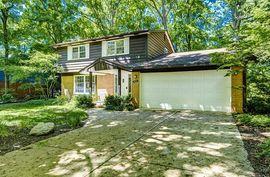 3665 Middleton Drive Ann Arbor, MI 48105 Photo 3