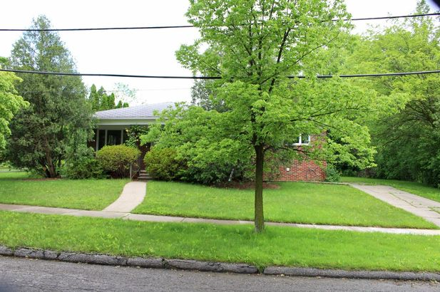 2416 Medford Road - Photo 31