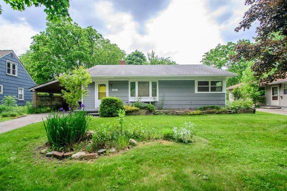 1601 Hatcher Crescent Ann Arbor, MI 48103
