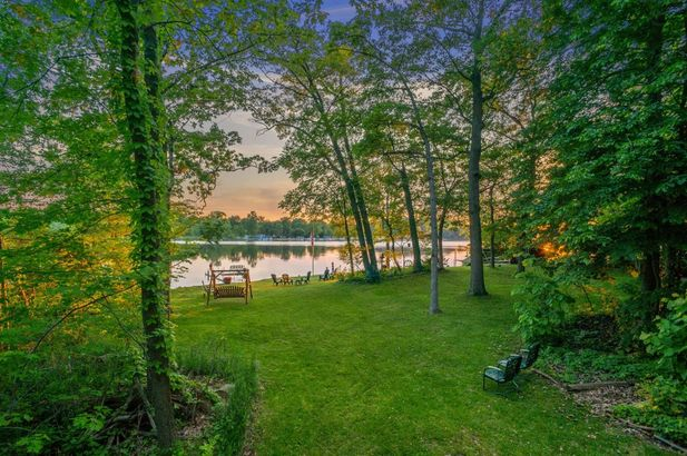 9220 Lakeview Drive - Photo 11