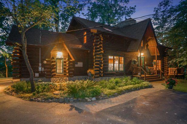 9220 Lakeview Drive - Photo 4