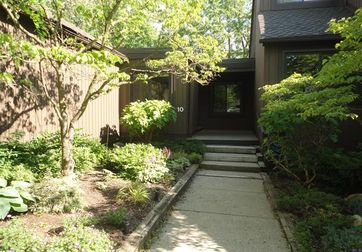 10 SOUTHWICK Court #98 Ann Arbor, Mi 48105 - Image 1