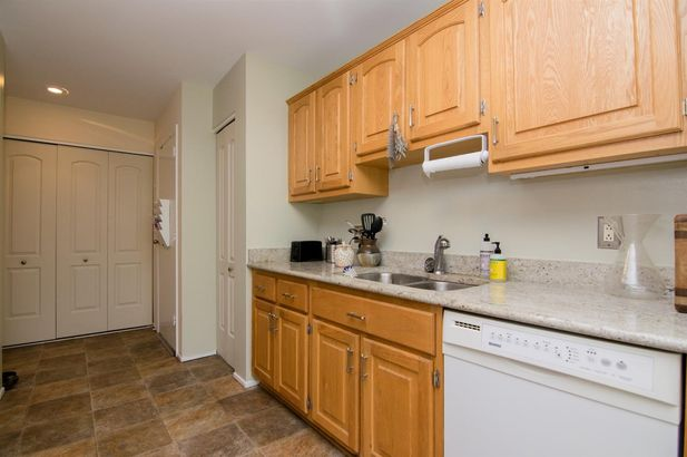 1215 S Maple Road #304 - Photo 9