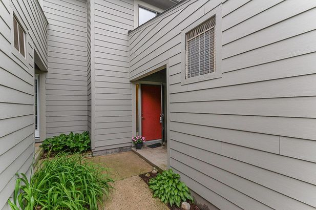 772 Peninsula Court - Photo 9