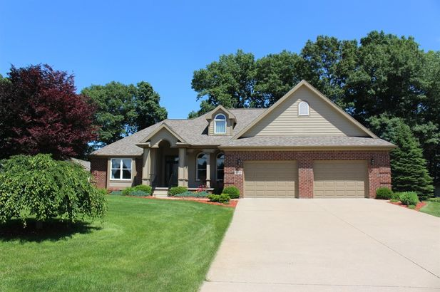 1264 Deer Run Grass Lake MI 49240