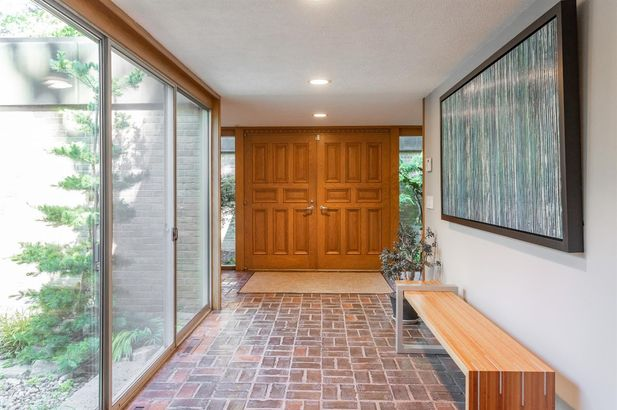 3020 Hunting Valley Drive - Photo 3