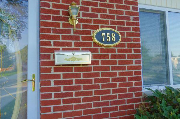 758 Whittier Court - Photo 2