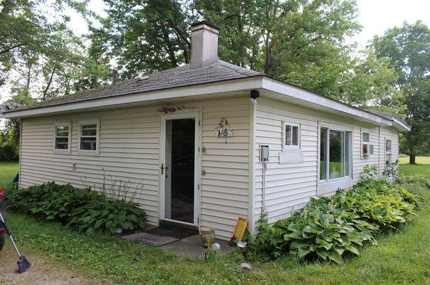 523 Lakeside Grass Lake MI 49240