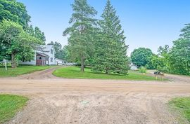 4682 Eager Road Howell, MI 48855 Photo 6