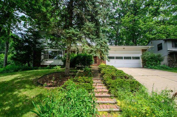 1390 Bardstown Trail Ann Arbor MI 48105