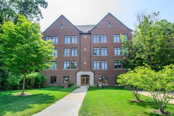 827 Asa Gray Drive #358 Ann Arbor, MI 48105