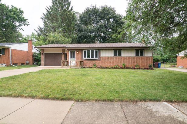 564 Manor Drive Ann Arbor MI 48105