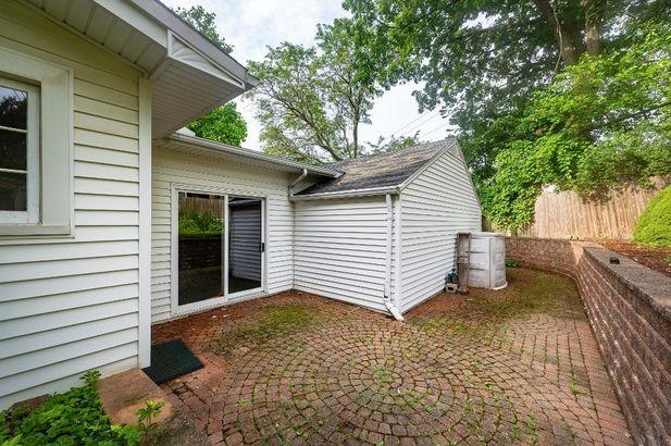 1560 Greenview Drive - Photo 45