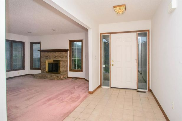 1348 Laurel View Drive - Photo 4