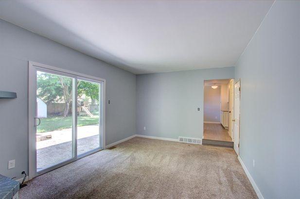 8443 Glendale Drive - Photo 22