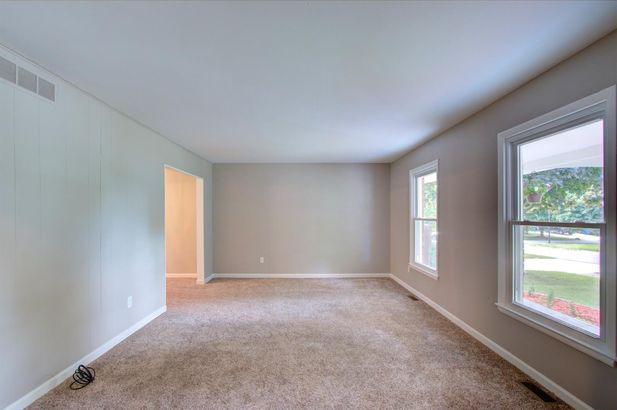 8443 Glendale Drive - Photo 10