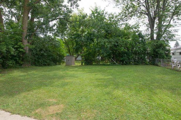 1716 Lynn Court - Photo 5