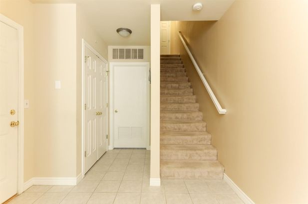 5615 Hampshire Lane #150 - Photo 4