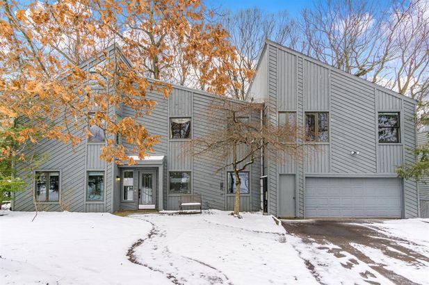 1360 Sunset Road Ann Arbor MI 48103