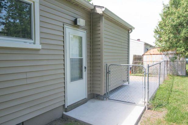 1369 Crestwood Avenue - Photo 29