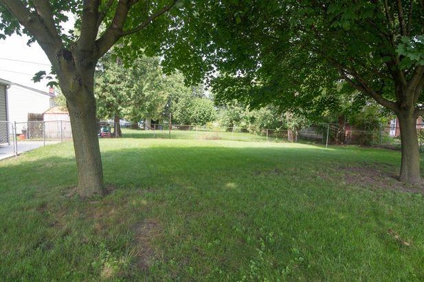 1369 Crestwood Avenue - Photo 34