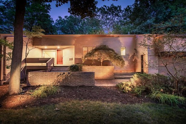 3955 Waldenwood Drive - Photo 47