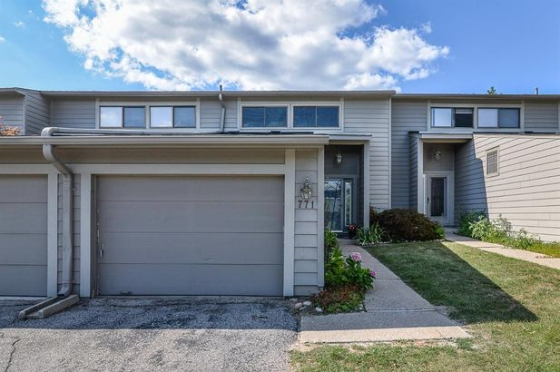 771 Peninsula Court - Photo 40