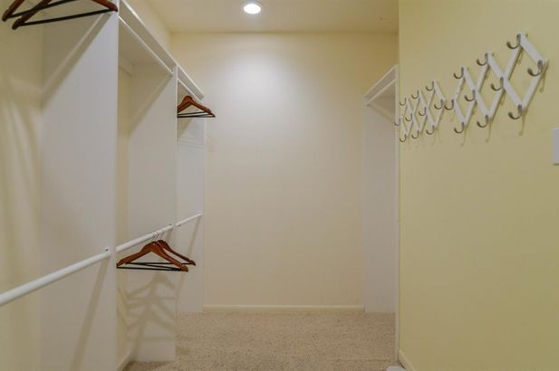 4453 Clara Louise Court - Photo 26