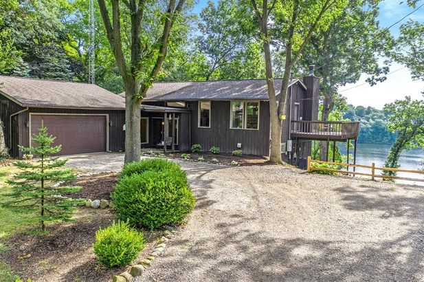 2470 Crooked Lake Road Chelsea MI 48118