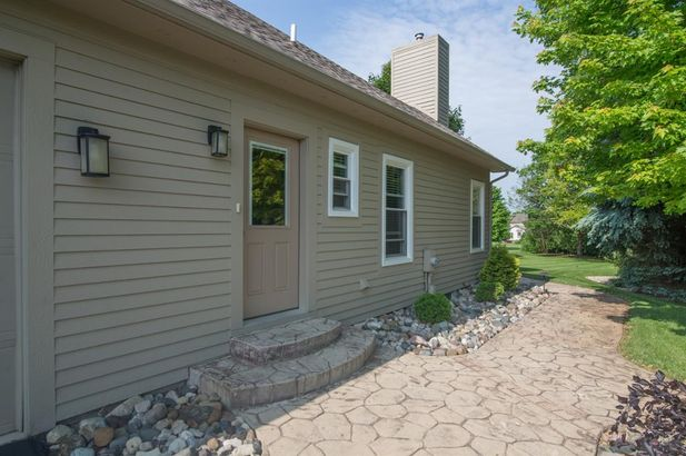 5718 Ping Drive - Photo 40