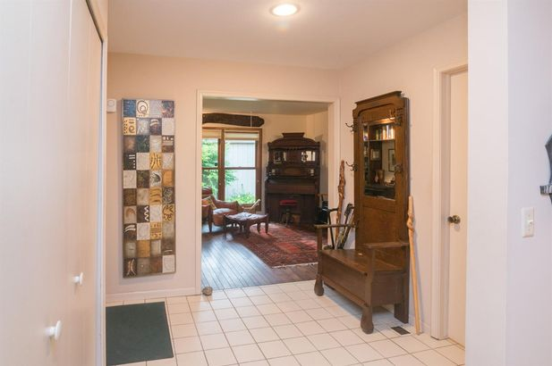 2220 Applewood Court - Photo 3