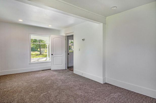 15810 Gorton Road - Photo 9