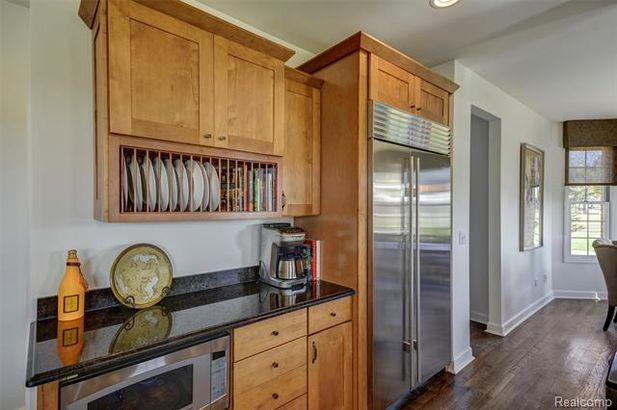 5711 Gregory Road - Photo 14
