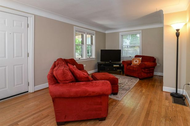 1709 South Boulevard - Photo 5