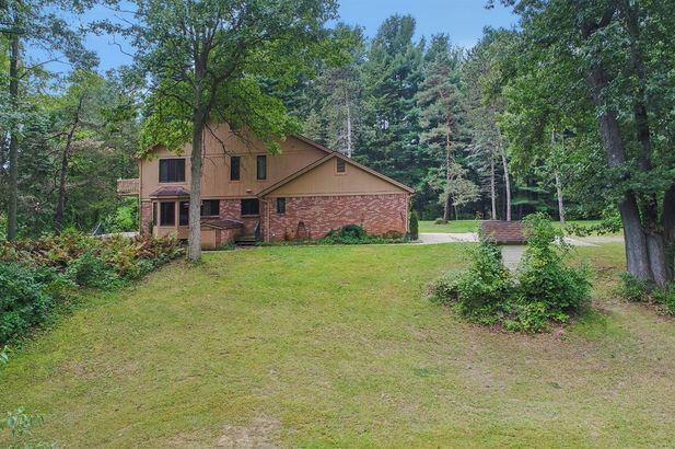 11701 Joslin Lake Rd - Photo 46