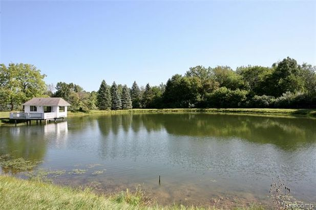 4355 S LAPEER Road - Photo 4