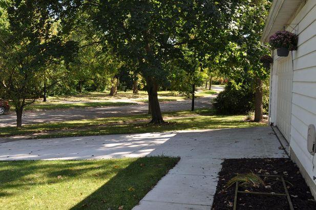 2255 Garden Homes Drive - Photo 35