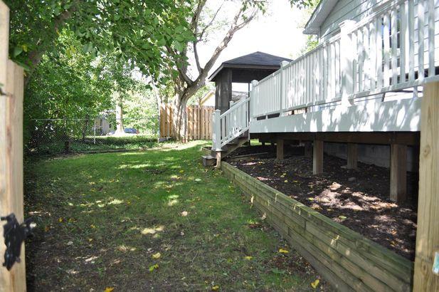 2255 Garden Homes Drive - Photo 37