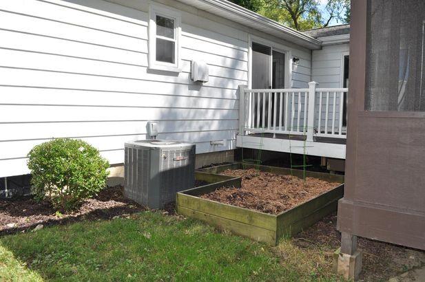 2255 Garden Homes Drive - Photo 42